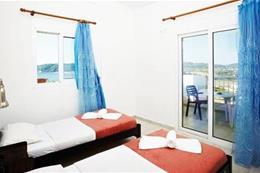 Klubový aparthotel AKROPOLIS _čtyřlůžkový apartmán s rozkládací přistýlkou