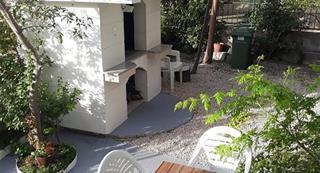 Vila INES